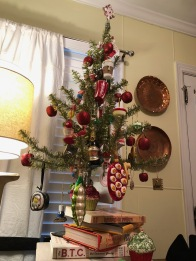 A kitchen tree. What's cuter?